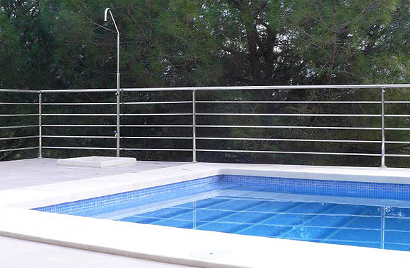 Ecoracasa villa swimming pool