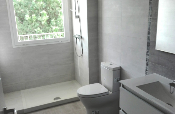 Ecoracasa fitted bathrooms